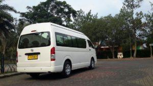 Rental Mobil Hiace Commuter Cinere
