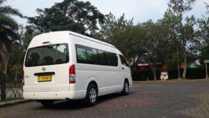 Rental Hiace Commuter Baru dan Murah